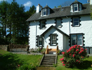 self catering apartments Tobermory Isle of Mull